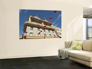 Chinatown Apartment Building by Stephen Saks