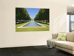 Pond at Main Entrance to Fort Worth Botanic Garden by Stephen Saks