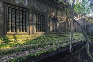 Beng Mealea Temple at Sunrise, Near Angkor, Siem Reap, Cambodia, Indochina, Southeast Asia, Asia by Stephen Studd