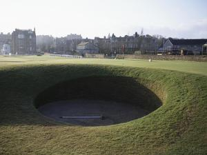 St. Andrews Golf Club Old Course, Hole 17 by Stephen Szurlej