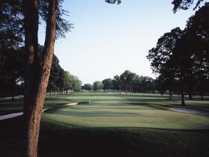 Winged Foot Golf Course, Hole 3 by Stephen Szurlej
