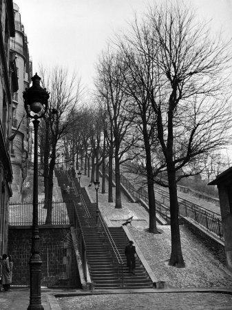 https://imgc.allpostersimages.com/img/posters/steps-leading-to-the-top-of-the-butte-montemartre_u-L-P3OX450.jpg?p=0