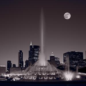Buckingham Fountain Nightlight Chicago BW by Steve Gadomski