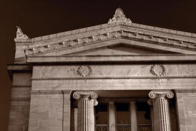 Field Museum of Chicago BW by Steve Gadomski