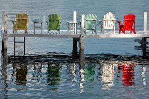 Lakeside Living by Steve Gadomski