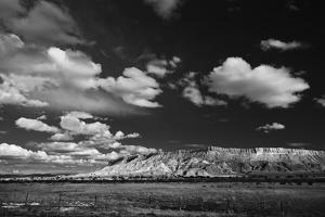 Mesa Near Albuquerque, New Mexico by Steve Gadomski