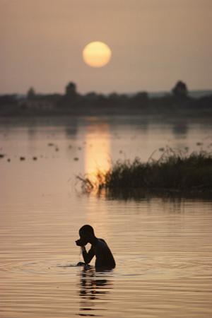 NIAMEY, NIGER. by Steve Raymer