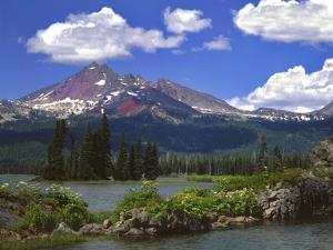 Broken Top Mountain & Sparks Lake by Steve Terrill