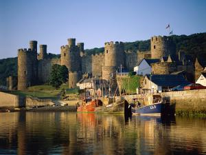 Conwy Castle and River Conwy, Wales by Steve Vidler