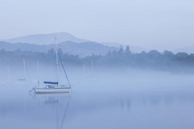 England, Cumbria, Lake District, Windermere, Ambleside by Steve Vidler