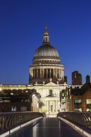England, London, St.Pauls Cathedral and City Skyline by Steve Vidler