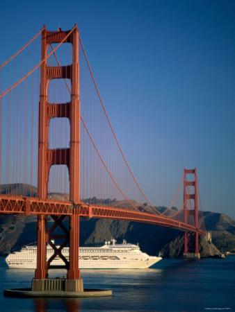 Golden Gate Bridge and Cruise Ship, San Francisco, California, USA