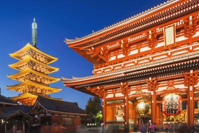 Japan, Honshu, Tokyo, Asakusa,  Sensoji Temple aka Asakusa Kannon Temple, Pagoda and Temple Gate by Steve Vidler