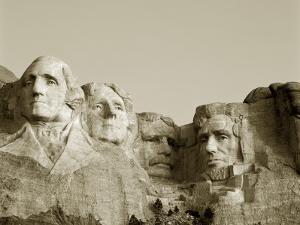 Mount Rushmore National Monument, South Dakota, USA by Steve Vidler