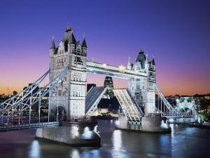 Tower Bridge, London, England by Steve Vidler