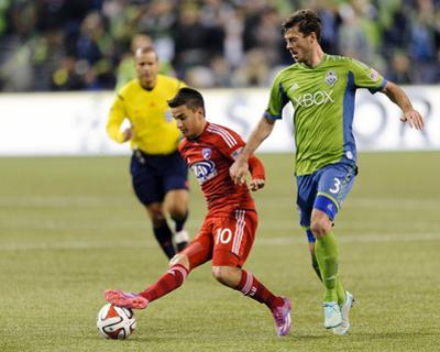 2014 MLS Playoffs: Nov 10, FC Dallas vs Seattle Sounders - Mauro Diaz