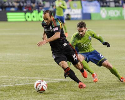 2014 MLS Western Conference Championship: Nov 30, Galaxy vs Sounders - Landon Donovan, Zach Scott by Steven Bisig