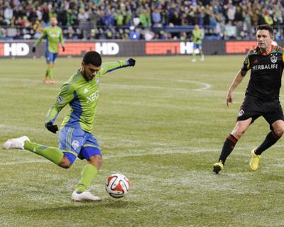 2014 MLS Western Conference Championship: Nov 30, Galaxy vs Sounders - Robbie Keane, DeAndre Yedlin by Steven Bisig