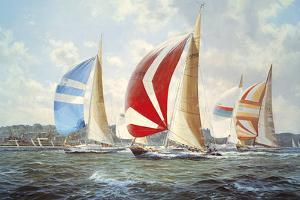 Summer Racing Off Cowes by Steven Dews
