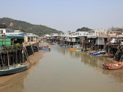 https://imgc.allpostersimages.com/img/posters/stilt-houses-tai-o-fishing-village-lantau-island-hong-kong-china-asia_u-L-PFO4KH0.jpg?p=0