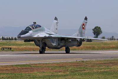 A Bulgarian Air Force Mig-29Ub Fulcrum Taxiing