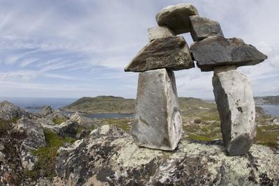 https://imgc.allpostersimages.com/img/posters/stone-cairn-at-brimstone-head_u-L-PZND370.jpg?p=0
