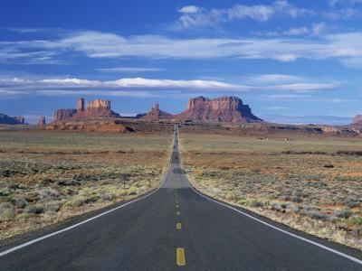 https://imgc.allpostersimages.com/img/posters/straight-road-heading-for-monument-valley-navajo-reserve-on-border-of-arizona-and-utah-usa_u-L-P7XK0C0.jpg?p=0