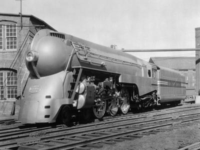 Streamlines Locomotive