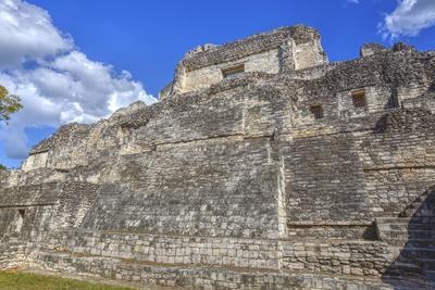 https://imgc.allpostersimages.com/img/posters/structure-x-becan-mayan-ruins-campeche-mexico-north-america_u-L-PWFSHO0.jpg?p=0