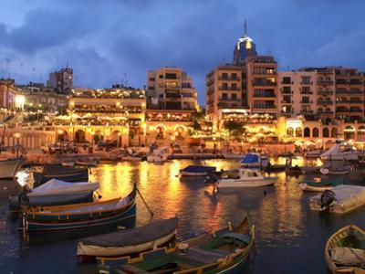 Evening across Spinola Bay with Restaurants, St. Julian`S, Malta, Mediterranean, Europe