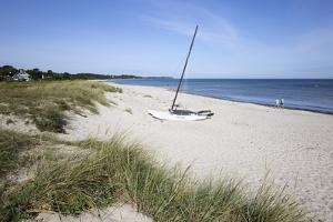 Hornbaek beach with white sand and sand dunes, Hornbaek, Kattegat Coast, Zealand, Denmark, Scandina by Stuart Black