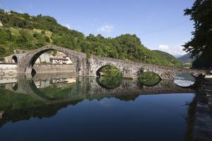 Medieval Bridge of Ponte Della Maddalena on the River Serchio, Borgo a Mozzano, Near Lucca by Stuart Black