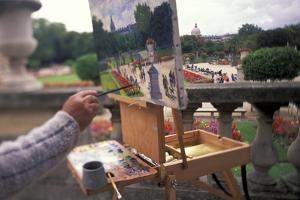 France, Paris. Luxembourg Gardens, painter by Stuart Westmorland