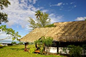 Moorea, French Polynesia by Styve