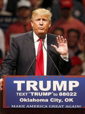 GOP 2016 Trump by Sue Ogrocki