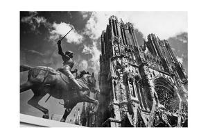 Cathedral of Notre Dame in Reims, 1938 by Süddeutsche Zeitung Photo