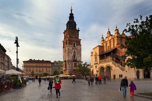 Sukiennice, the Renaisssance Cloth Hall, Rynek Glowny the Main Market Square, Krakow, Poland
