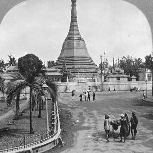 Sule Pagoda from Pagoda Street, Rangoon, Burma, 1908