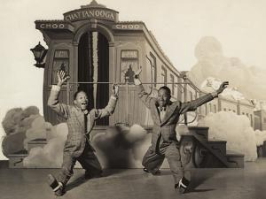Sun Valley Serenade, Nicholas Brothers, 1941, Doing A Dancing Split