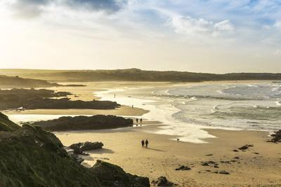 https://imgc.allpostersimages.com/img/posters/sunrise-at-gwithian-beach-cornwall-england-united-kingdom_u-L-PWFHQN0.jpg?p=0
