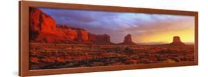 Sunrise, Monument Valley, Arizona, USA