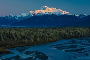 Sunrise on Mnt Denali, Trapper Creek pullout view, Alaska near Mount Denali Lodge