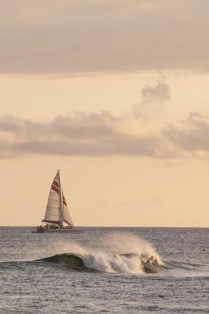 https://imgc.allpostersimages.com/img/posters/sunset-at-poipu-beach-kauai-hawaii_u-L-Q13BVDH0.jpg?p=0