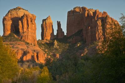 https://imgc.allpostersimages.com/img/posters/sunset-cathedral-rock-red-rock-crossing-sedona-arizona_u-L-PU3H6A0.jpg?p=0