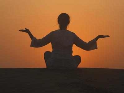 https://imgc.allpostersimages.com/img/posters/sunset-meditation-in-the-desert-abu-dhabi-united-arab-emirates-middle-east_u-L-PFNXY40.jpg?p=0