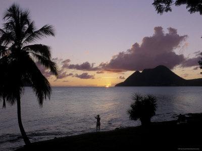 https://imgc.allpostersimages.com/img/posters/sunset-morne-larcher-baie-de-la-chery-chery-bay-martinique_u-L-P1TY5M0.jpg?p=0