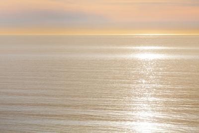 https://imgc.allpostersimages.com/img/posters/sunset-on-ocean-la-jolla-california-usa_u-L-PN6NE80.jpg?p=0