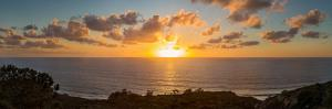 Sunset over the Pacific Ocean, Torrey Pines State Natural Reserve, San Diego, San Diego County,...