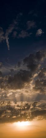 https://imgc.allpostersimages.com/img/posters/sunset-sky-large-format-vertical-panoramic-west-sussex-england-united-kingdom-europe_u-L-PHCL130.jpg?p=0
