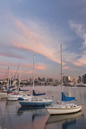 https://imgc.allpostersimages.com/img/posters/sunset-view-of-marina-and-downtown-san-diego-california-usa_u-L-PN6P460.jpg?p=0